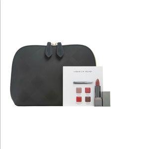 Burberry makeup 💄 bag